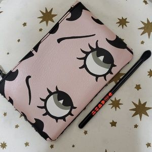 "NEW ""Betty Boop"" Cosmetic bag & Brush!"